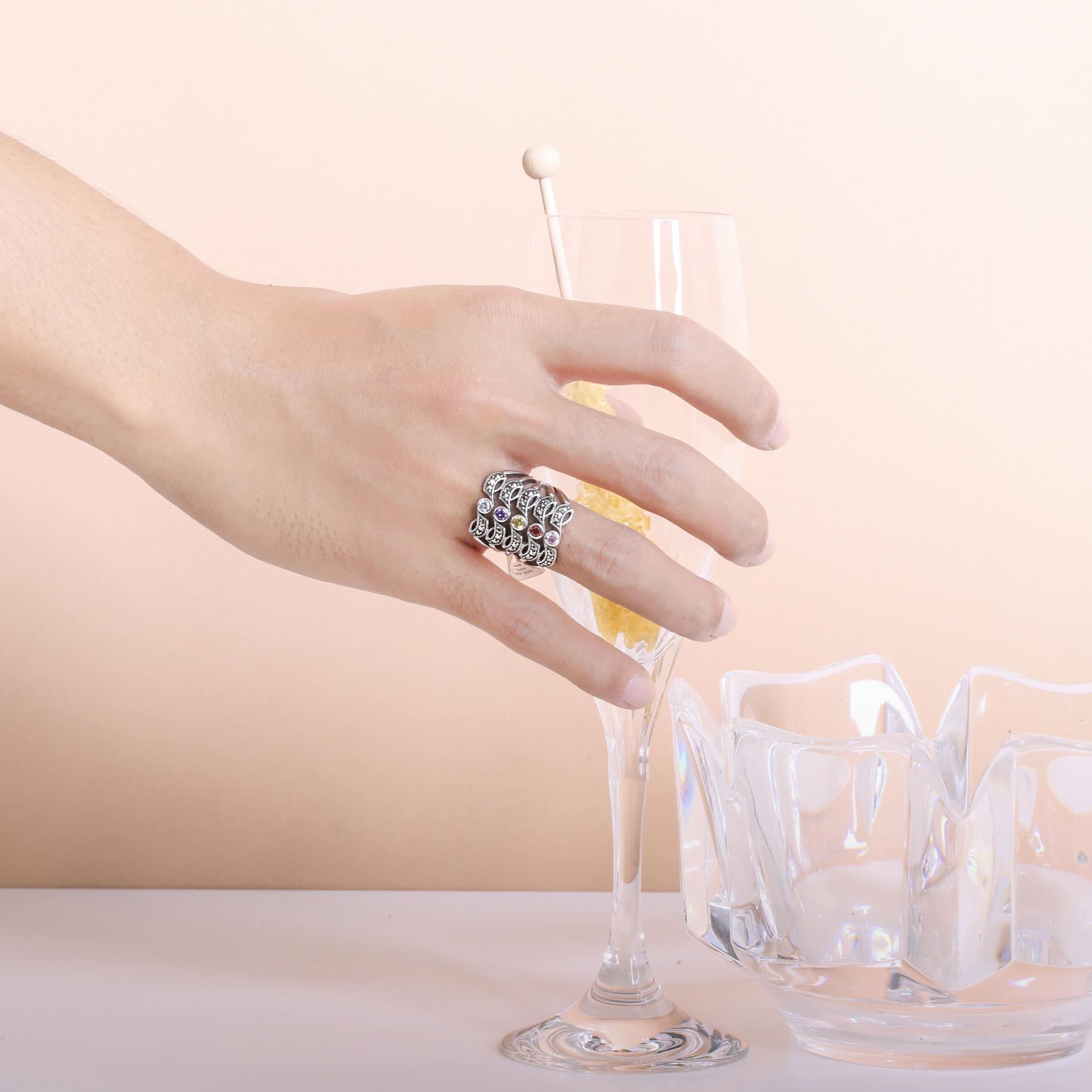 แหวนเงินวัยรุ่น